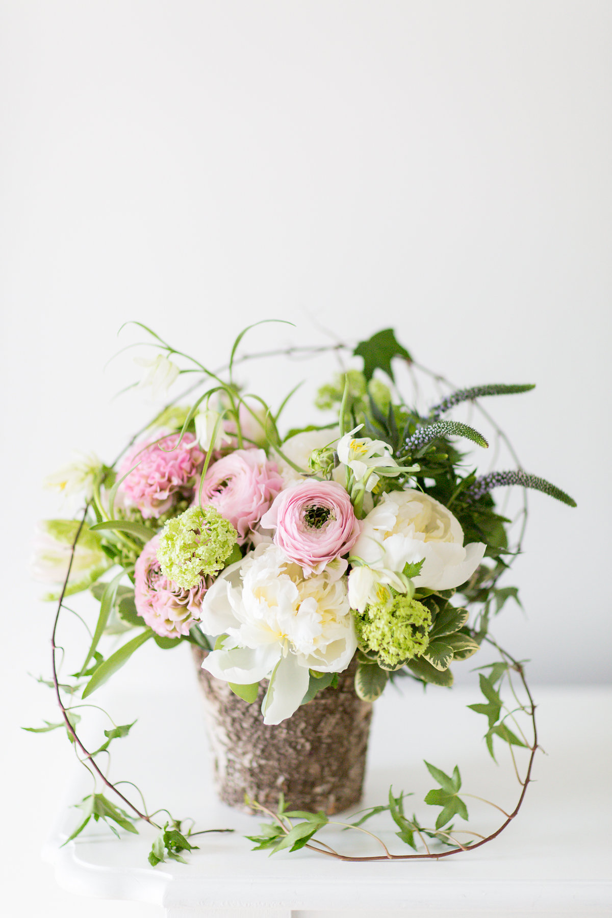 Spring Flowers And Free Delivery For Easter Sunday